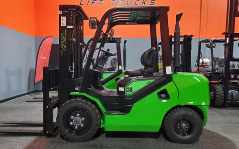 "2021 VIPER FD30 6000 LB DIESEL FORKLIFT PNEUMATIC 88/189"" 3 STAGE MAST SIDE SHIFTER STOCK # BF9223189-ILIL - United Lift Used & New Forklift Telehandler Scissor Lift Boomlift"