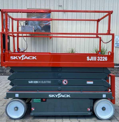 2015 SKYJACK SJIII3226 SCISSOR LIFT 26' REACH ELECTRIC SMOOTH CUSHION TIRES 206 HOURS STOCK # BF971429-NLEQ