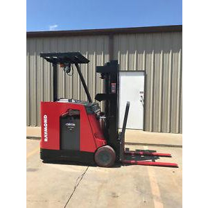 2008 Raymond DSS 300 Stand Up Dockstocker 3000 LB 36 VOLT ELECTRIC FORKLIFT 83/189 3 STAGE MAST 2044 HOURS STOCK # 9052-815579-ARB