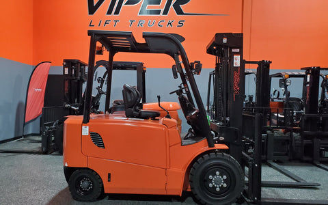 "2021 VIPER FB30 6000 LB 80 VOLT ELECTRIC FORKLIFT PNEUMATIC 89/189"" 3 STAGE MAST SIDE SHIFTER STOCK # BF9269549-ILIL - United Lift Used & New Forklift Telehandler Scissor Lift Boomlift"