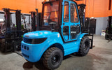 "2020 VIPER RTD35 8000 LB DIESEL FORKLIFT PNEUMATIC 92/189"" 3 STAGE MAST SIDE SHIFTER ENCLOSED HEATED CAB STOCK # BF9413659-ILIL - United Lift Used & New Forklift Telehandler Scissor Lift Boomlift"