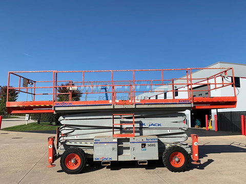 2012 SKYJACK SJ9250 SCISSOR LIFT 50' REACH DUAL FUEL PNEUMATIC TIRES 1329 HOURS STOCK # BF9247569-RIL