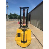2006 YALE MSW040SEN24TV087 4000 LB ELECTRIC FORKLIFT WALKIE STACKER CUSHION 87/130 2 STAGE MAST 3541 HOURS STOCK # 5015-03688D-ARB