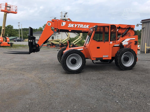 2012 SKYTRAK 6042 6000 LB DIESEL TELESCOPIC FORKLIFT TELEHANDLER ENCLOSED CAB PNEUMATIC 4WD STOCK 2260 HOURS # BF9570169-BATNY