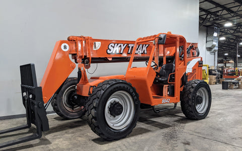 2012 SKYTRAK 8042 8000 LB DIESEL TELESCOPIC FORKLIFT TELEHANDLER PNEUMATIC 4WD STOCK # BF9451229-ILIL - United Lift Equipment LLC