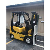 2007 YALE GLP040 4000 LB LP GAS FORKLIFT PNEUMATIC 84/130 2 STAGE MAST 2864 HOURS STOCK # 10180-02754E-ARB