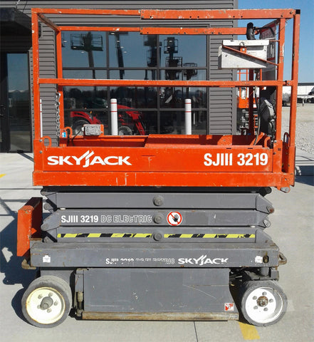 2013 SKYJACK SJIII3219 SCISSOR LIFT 19' REACH ELECTRIC CUSHION TIRES 141 HOURS STOCK # BF953389-CEIL - United Lift Used & New Forklift Telehandler Scissor Lift Boomlift