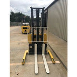 2001 YALE MSW030SCN12TV081 3000 LB ELECTRIC FORKLIFT WALKIE STACKER CUSHION 81/128 2 STAGE MAST SIDE SHIFTER 8289 HOURS STOCK # 3398-620865-ARB - united-lift-equipment