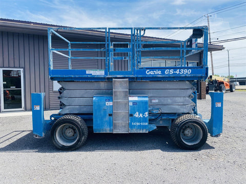 2008 GENIE GS4390RT SCISSOR LIFT 43' REACH DUAL FUEL PNEUMATIC 2264 HOURS STOCK # BF9163229-BATNY - United Lift Used & New Forklift Telehandler Scissor Lift Boomlift