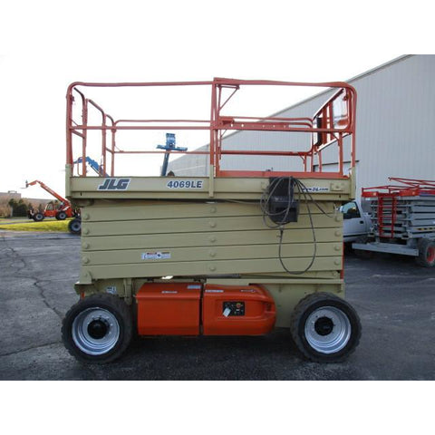 2005 JLG 4069LE SCISSOR LIFT 40' REACH ELECTRIC RT PNEUMATIC TIRES STOCK # BF9148579-249-WI - Buffalo Forklift LLC