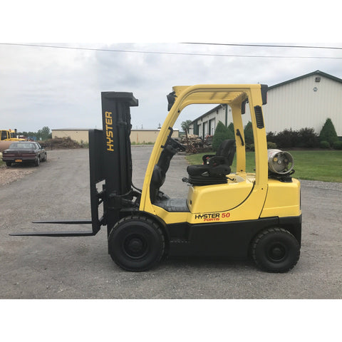 2011 HYSTER H50FT 5000 LB LP GAS FORKLIFT PNEUMATIC 83/189 3 STAGE MAST SIDE SHIFTER 3211 HOURS STOCK # BF9137469-189-BUF