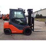 2008 TOYOTA 8FGU25 5000 LB GASOLINE FORKLIFT PNEUMATIC 87/189 3 STAGE MAST SIDE SHIFTER 3331 HOURS STOCK # BF9125629-199-BUF