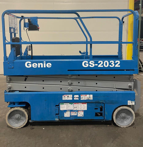 2005 GENIE GS2032 SCISSOR LIFT 20' REACH ELECTRIC SMOOTH CUSHION TIRES SLIDE OUT DECK EXTENSION STOCK # BF938559-BUF - United Lift Equipment LLC