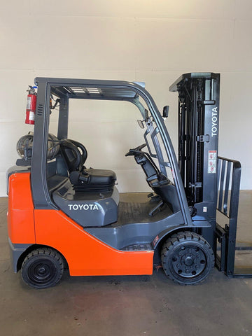 2009 TOYOTA 8FGCU25 5000 LB LP GAS FORKLIFT CUSHION 83/189 3 STAGE MAST SIDE SHIFTER 3863 HOURS STOCK # BF966399-BUF - United Lift Used & New Forklift Telehandler Scissor Lift Boomlift