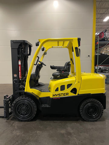 "2016 HYSTER H80FT 8000 LB DIESEL FORKLIFT PNEUMATIC 87/185"" 3 STAGE MAST SIDE SHIFTER 1912 HOURS STOCK # BF9166789-BUF"