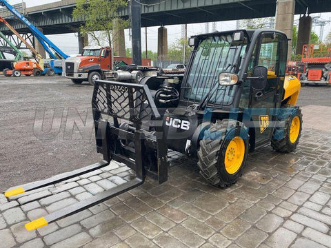 2011 JCB 515-40 3300 LB DIESEL TELESCOPIC FORKLIFT TELEHANDLER ENCLOSED CAB AUXILIARY HYDRAULICS 1885 HOURS STOCK # BF9299759-NLEQ