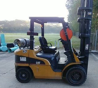 "2006 CATERPILLAR P6000 6000 LB LP GAS FORKLIFT PNEUMATIC 95/216"" 3 STAGE MAST 7797 HOURS STOCK # BF998179-METX"
