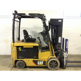 2013 CATERPILLAR EC30N 6000 LB 36 VOLT ELECTRIC FORKLIFT CUSHION TIRE 84/240 QUAD MAST SIDE SHIFTER 10135 HOURS STOCK # BF973319-129-DFOH