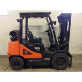 2013 DOOSAN G30E3-5LP 6000 LB LP GAS FORKLIFT PNEUMATIC 86/186 3 STAGE MAST STOCK # BF9139939-199-DFOH **OWN FOR $383 PER MONTH**