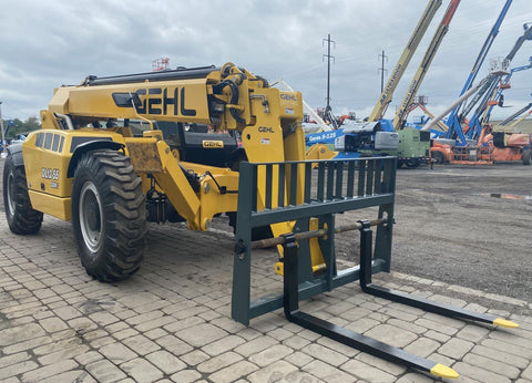 2019 GEHL DL12-55 12000 LB DIESEL TELESCOPIC FORKLIFT TELEHANDLER PNEUMATIC AUXILIARY HYDRAULICS 18 HOURS STOCK # BF9997539-NLEQ