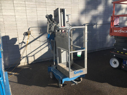 2012 GENIE AWP-25SDC PERSONAL SCISSOR LIFT 25' REACH ELECTRIC STOCK # BF935529-URID