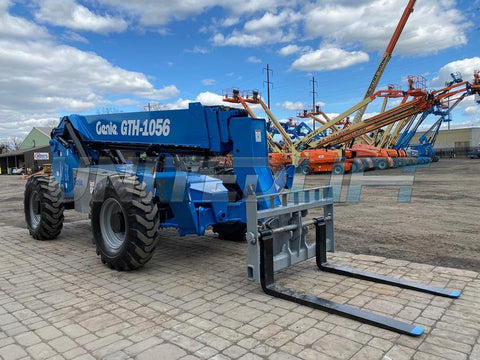 2013 GENIE GTH1056 10000 LB DIESEL TELESCOPIC FORKLIFT TELEHANDLER PNEUMATIC 4WD ENCLOSED CAB 2250 HOURS STOCK # BF9625349-NLEQ