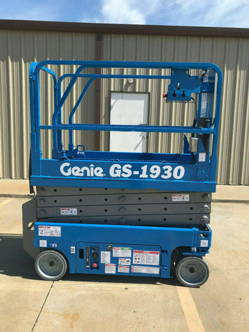 2003 GENIE GS1930 SCISSOR LIFT 19' REACH ELECTRIC 445 HOURS STOCK # 6417-433221-ARB