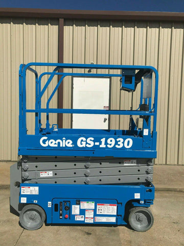 2003 GENIE GS1930 SCISSOR LIFT 19' REACH ELECTRIC 1770 HOURS STOCK # 6034-235834-ARB