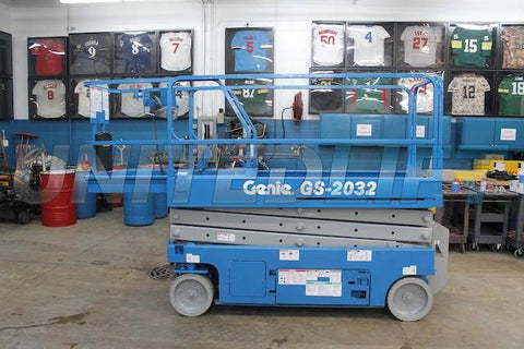 2012 GENIE GS2032 SCISSOR LIFT 20' REACH ELECTRIC SMOOTH CUSHION TIRES 181 HOURS STOCK # BF955519-WWIB