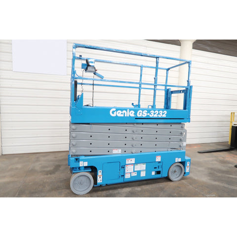 2008 GENIE GS3232 SCISSOR LIFT 32' REACH ELECTRIC SMOOTH CUSHION TIRES 452 HOURS STOCK # BF02766-DPA