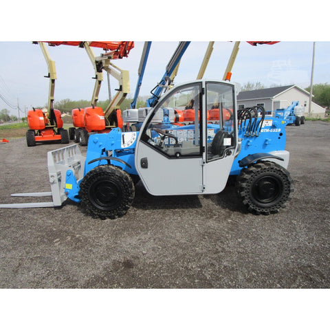 2010 GENIE GTH5519 5500 LB DIESEL TELESCOPIC FORKLIFT TELEHANDLER PNEUMATIC 4WD ENCLOSED CAB 1943 HOURS STOCK # BF9427539-529-BNYB