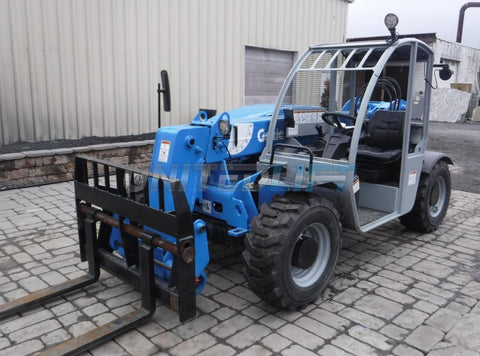2014 GENIE GTH5519 5500 LB DIESEL TELESCOPIC FORKLIFT TELEHANDLER PNEUMATIC 4WD AUXILIARY HYDRAULICS 1353 HOURS STOCK # BF9347589-NLEQ