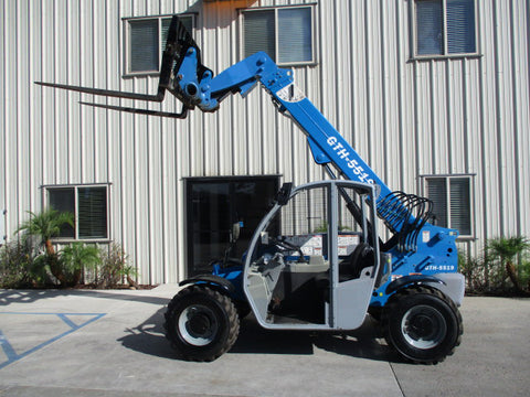 2013 GENIE GTH5519 5500 LB DIESEL TELESCOPIC FORKLIFT TELEHANDLER PNEUMATIC 4WD 2330 HOURS STOCK # BF9385129-PAB