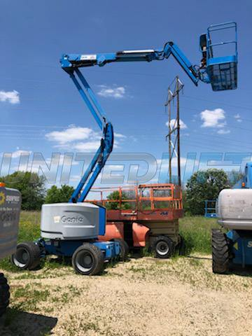 2013 GENIE Z45/25J ARTICULATING BOOM LIFT AERIAL LIFT WITH JIB ARM 45' REACH DIESEL 4WD 236 HOURS STOCK # BF9212289-WIB