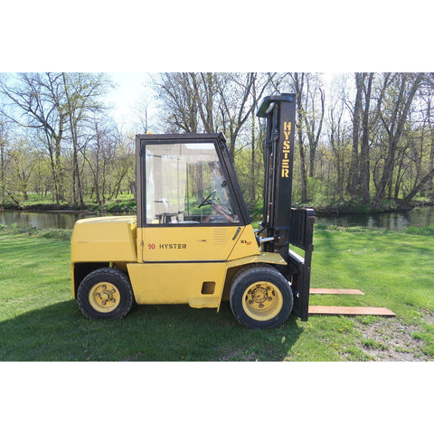 HYSTER H90XL 9000 LB DIESEL FORKLIFT PNEUMATIC 108/169 2 STAGE MAST SIDE SHIFTER ENCLOSED CAB 4263 HOURS STOCK # BF18689-DPA