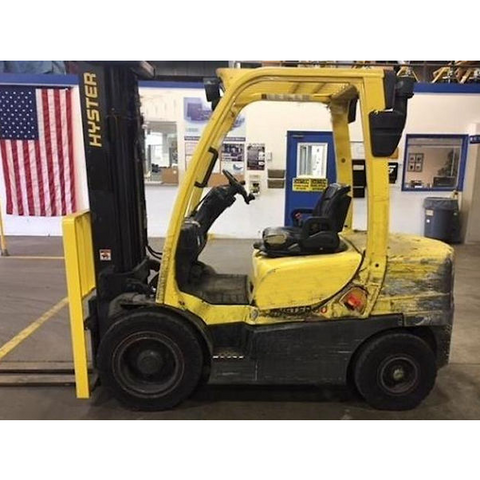 2013 HYSTER H60FT 6000 LB GASOLINE FORKLIFT PNEUMATIC 89/187 3 STAGE MAST 4100 HOURS STOCK # BF98519-PEIN