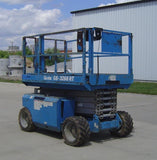 2007 GENIE GS3268RT SCISSOR LIFT 32' REACH DIESEL ROUGH TERRAIN 4WD 2585 HOURS STOCK # BF9135219-KENE