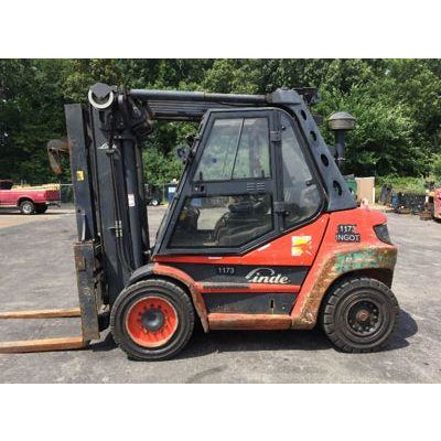 2012 LINDE H80D 17500 LB DIESEL FORKLIFT PNEUMATIC 107/126 2 STAGE MAST ENCLOSED CAB SIDE SHIFTING FORK POSITIONER 9400 HOURS STOCK # BF9278999-NWOH