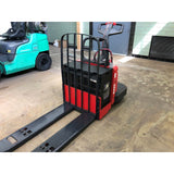 2005 RAYMOND 112TM-FRE60L 6000 LB ELECTRIC WALKIE PALLET JACK 7213 HOURS STOCK # BF912429-29-BEMIN
