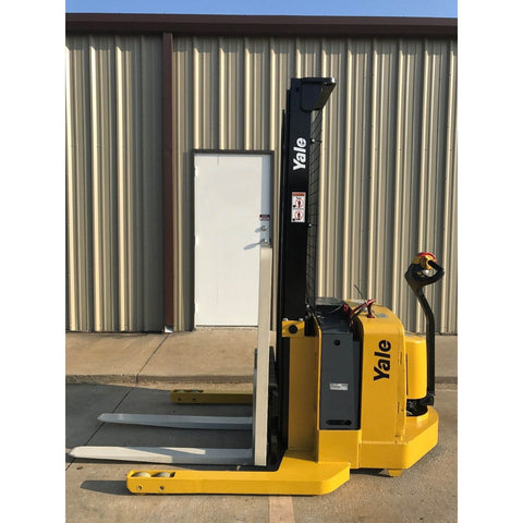 2006 YALE MSW040SEN24TV087 4000 LB ELECTRIC FORKLIFT WALKIE STACKER CUSHION 87/130 2 STAGE MAST 3461 HOURS STOCK # 5486-03430D-ARB - United Lift Used & New Forklift Telehandler Scissor Lift Boomlift