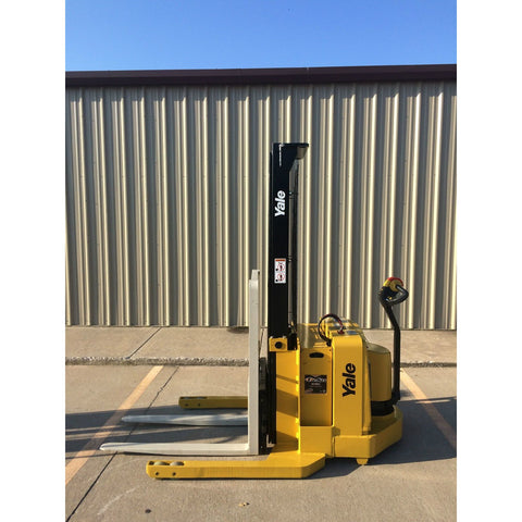 2004 YALE MSW040SEN24TV087 4000 LB ELECTRIC FORKLIFT WALKIE STACKER CUSHION 87/130 2 STAGE MAST 669 HOURS STOCK # 5380-02712B-ARB **OWN FOR $183 PER MONTH ** - United Lift Used & New Forklift Telehandler Scissor Lift Boomlift