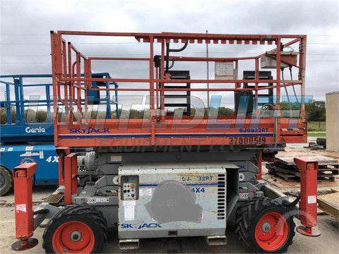 2007 SKYJACK 6832RT SCISSOR LIFT 32' REACH DIESEL ROUGH TERRAIN TIRES 2780 HOURS STOCK # BF9124539-WIBIL