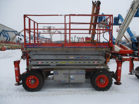 2011 SKYJACK 7127RT SCISSOR LIFT 27' REACH DUAL FUEL ROUGH TERRAIN TIRES 2169 HOURS STOCK # BF9168529-249-WIB - united-lift-equipment