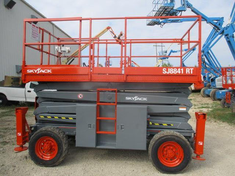 2012 SKYJACK SJ8841RT SCISSOR LIFT 41' REACH DUAL FUEL ROUGH TERRAIN OUTRIGGERS 2833 HOURS STOCK # BF9199539-WIB