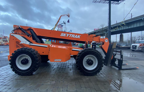 2012 SKYTRAK 10054 10000 LB DIESEL TELESCOPIC FORKLIFT TELEHANDLER PNEUMATIC 4WD OUTRIGGERS 3753 HOURS STOCK # BF9498779-NLEQ - United Lift Used & New Forklift Telehandler Scissor Lift Boomlift