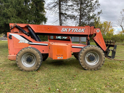 2007 SKYTRAK 8042 8000 LB DIESEL TELESCOPIC FORKLIFT TELEHANDLER ENCLOSED CAB PNEUMATIC 4WD STOCK # BF279129-BUF - United Lift Used & New Forklift Telehandler Scissor Lift Boomlift