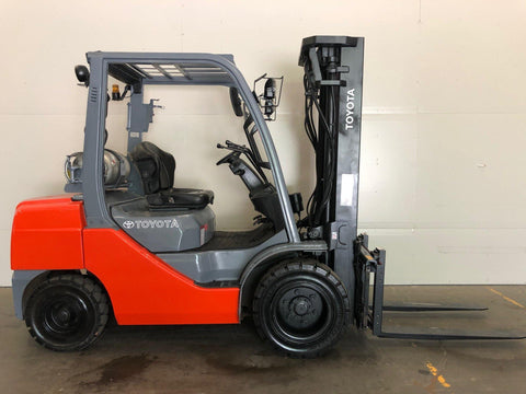 2011 TOYOTA 8FGU30 6000 LB LP GAS FORKLIFT PNEUMATIC 86/187 3 STAGE MAST SIDE SHIFTER 3423 HOURS STOCK # BF979839-BUF - United Lift Used & New Forklift Telehandler Scissor Lift Boomlift