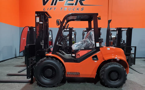 "2021 VIPER RTD25 5000 LB DIESEL FORKLIFT PNEUMATIC 90/185"" 3 STAGE MAST SIDE SHIFTER STOCK # BF9349549-ILIL - United Lift Used & New Forklift Telehandler Scissor Lift Boomlift"