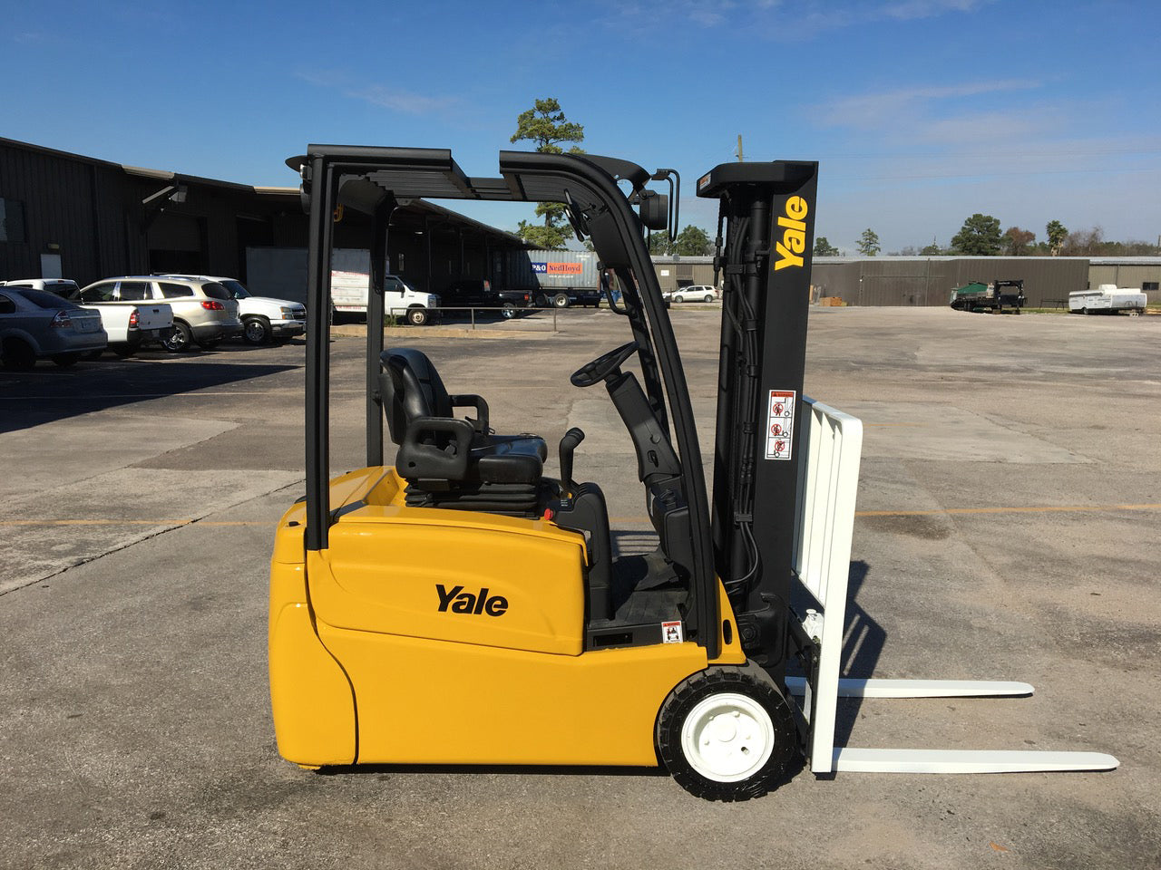 2015 YALE ERP030VT 3000 LB 36 VOLT ELECTRIC FORKLIFT CUSHION 86/192 3 STAGE  MAST SIDE SHIFTER 2634 HOURS STOCK # BF9115489-TXB