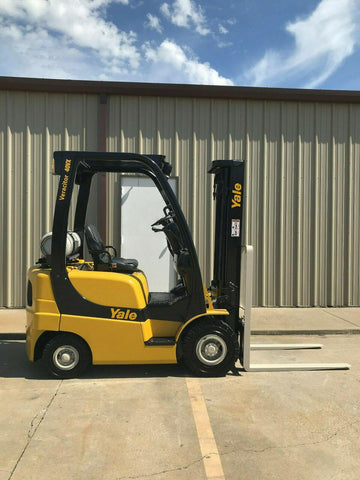 2010 YALE GLP040 4000 LB LP GAS FORKLIFT PNEUMATIC 84/128 2 STAGE MAST 2354 HOURS STOCK 12537-440204-ARB